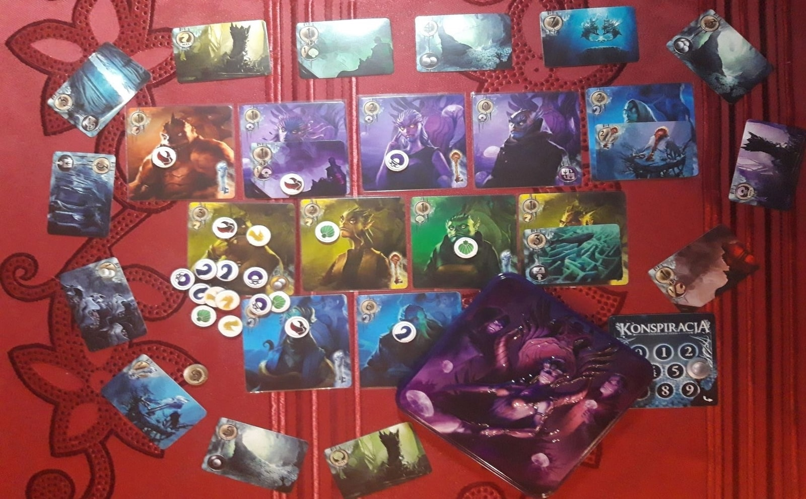 """There can be only one king of the undersea world - review of the board game """"Conspiracy: The Abyss Universe"""""""